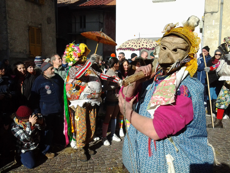 Carnevale Schignano above Lake Como