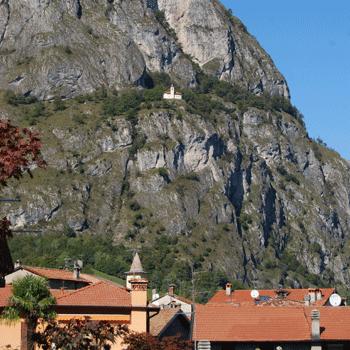 Chiesa San Marino oberhalb von Griante am Comer