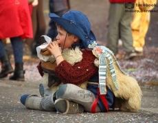 Kinderkarneval in Schignano oberhalb vom Comer See