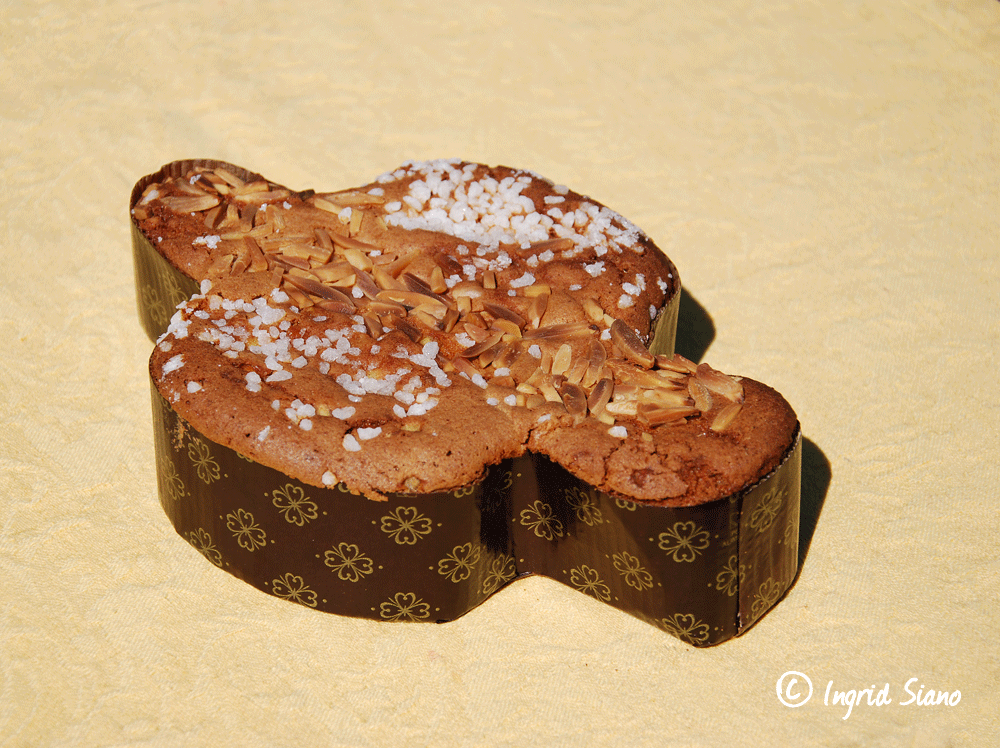 Colomba di Pasqua - this sweet pigeon is a must for Italian Easter