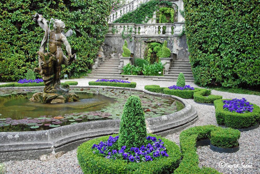 Villa Carlotta mit ihren prachtvollen Gärten am Comer See
