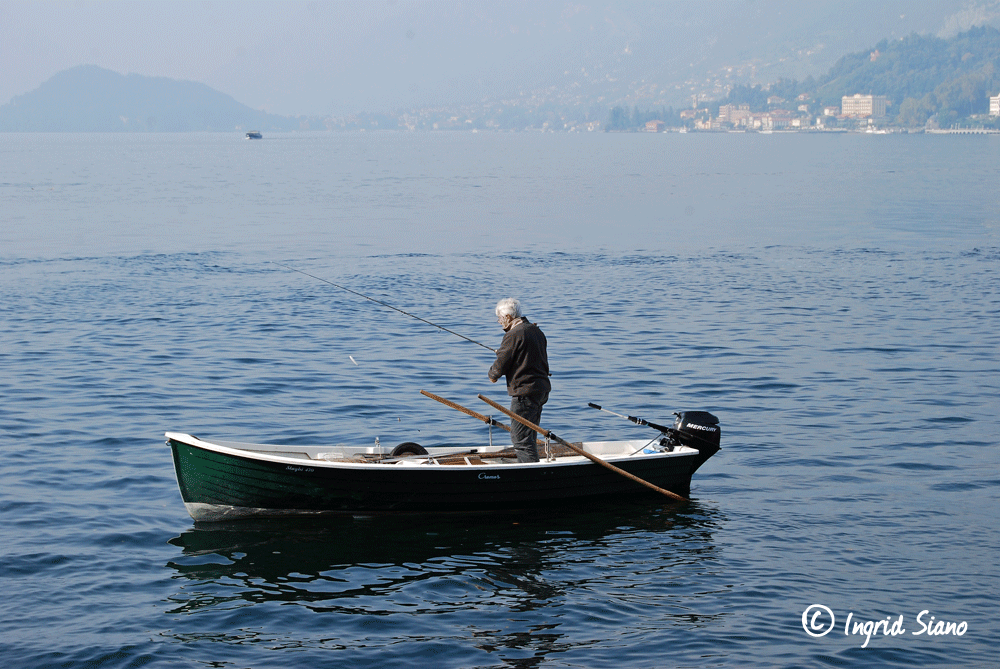 Angelnvom Boot aus am Comer See