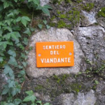 Sentiero del Signpost on Lake Como_