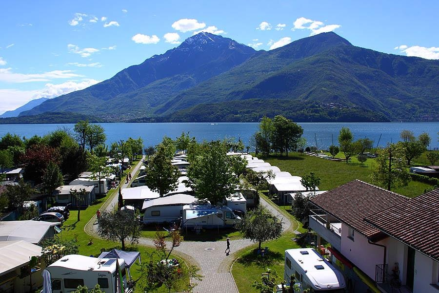 Camping Magic Lake in Dongo am Comer See